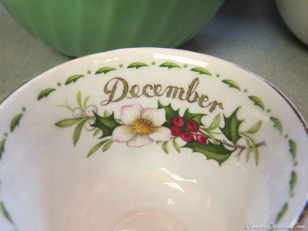Visit BeautyObserved.com for a little bit of respite in this busy world. Beautiful photography and inspirational memes. #christmas #royalalbert #december #teacup