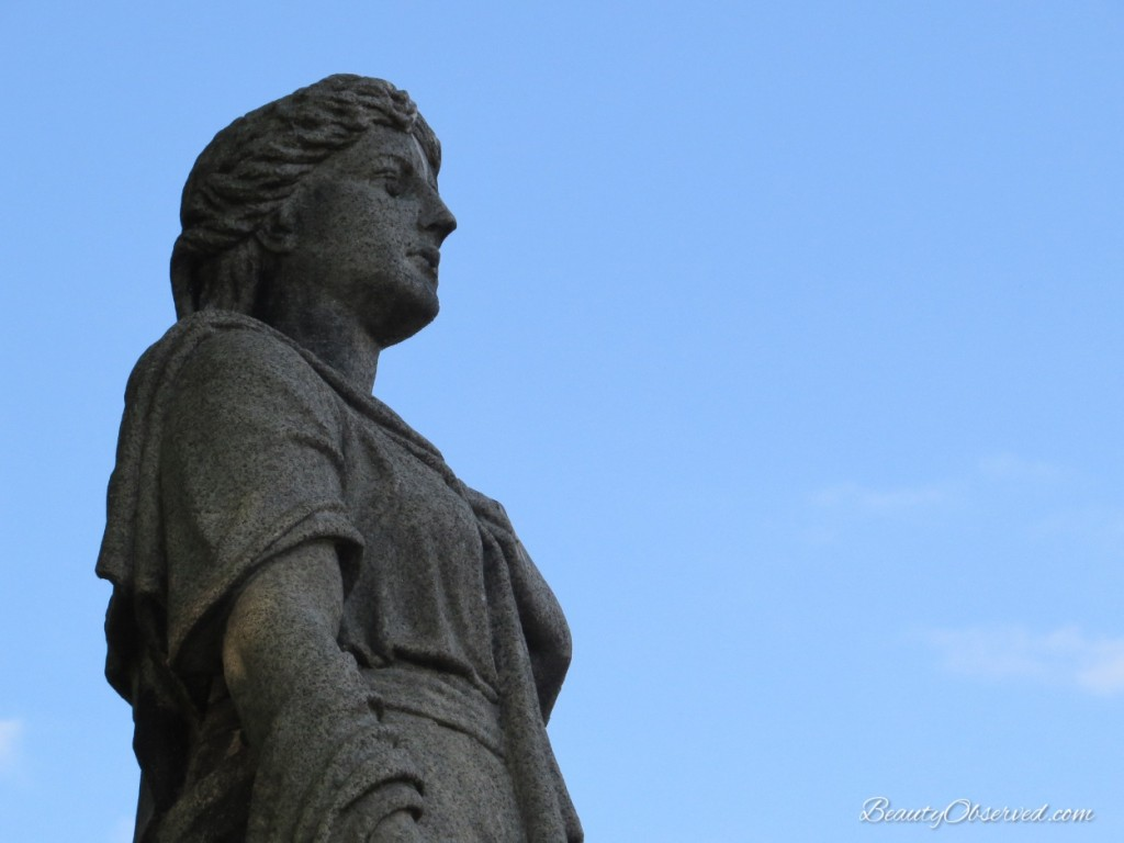 Lady statue beauty observed